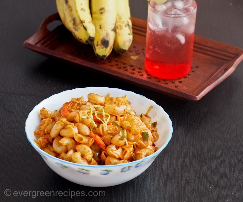 Fastest Indian Breakfasts_Schezwan Macaroni